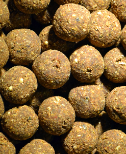 Feed Up H-3 Boilies Afro Nuts 14mm / 20mm - 1Kg