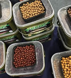 Starbaits FEEDZ - 20mm / 4Kg
